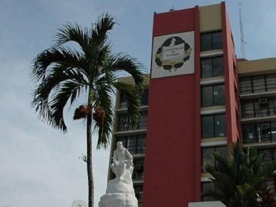 Universidad de Panamá presenta propuesta para la reactivación económica del país