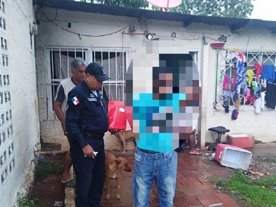 Detienen en La Chorrera a hombre captado por una cámara hurtando en una casa