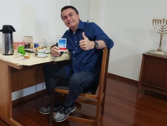 Bolsonaro da negativo a Covid-19 tras más de dos semanas de ser diagnosticado