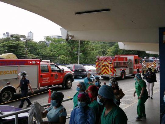 Evacuan edificio del Complejo Hospitalario de la CSS por derrame químico