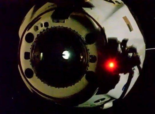 Astronautas de EE.UU., rumbo a la Tierra a bordo de la cápsula de SpaceX