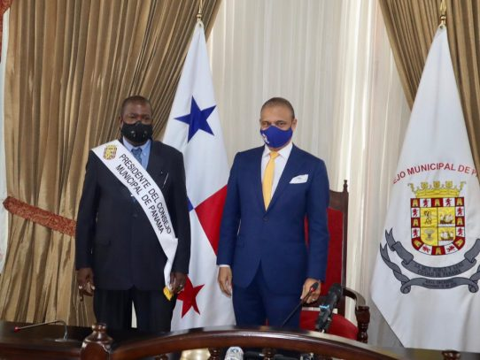 Edil Senén Mosquera asume presidencia del Consejo Municipal de Panamá