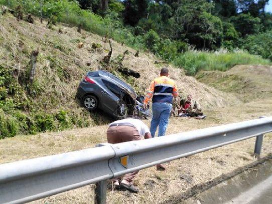 Cuatro heridos en accidente de tránsito en la autopista Panamá - Colón