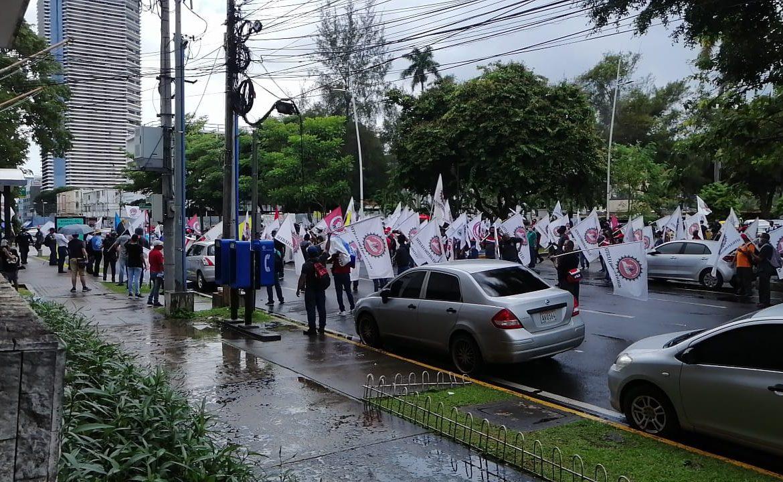 Se intensifican protestas en contra de cambios al Código de Trabajo