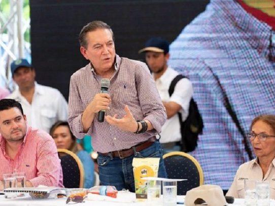 Cortizo pide a los panameños unir esfuerzos para mejorar la educación