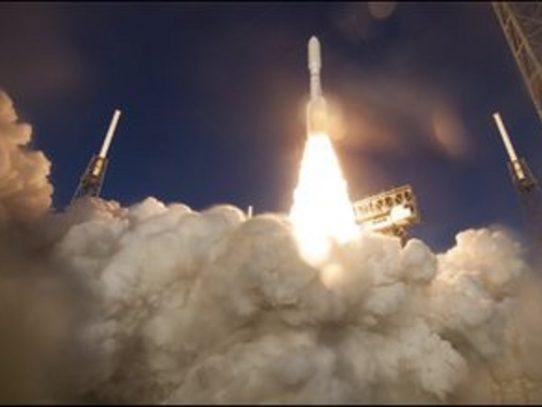 Cohete de NASA con robot explorador enviado a Marte sufre problemas técnicos