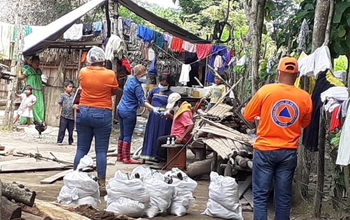 Realizan pruebas de hisopado y entregan insumos en la provincia de Chiriquí