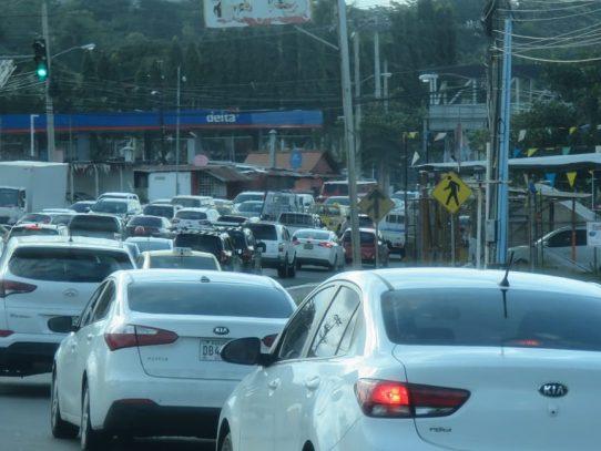 Inicia operativo de inversión de carriles en Panamá y Pmá. Oeste