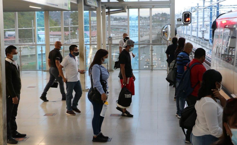 Estación del Metro de Don Bosco reinicia operaciones