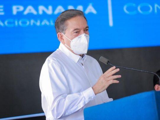Presidente Cortizo respalda proyecto que cambia nombre a tercer juego de esclusas