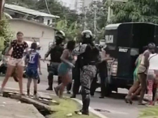 Dos personas imputadas por lesiones personales a policías tras altercado en Panamá Viejo