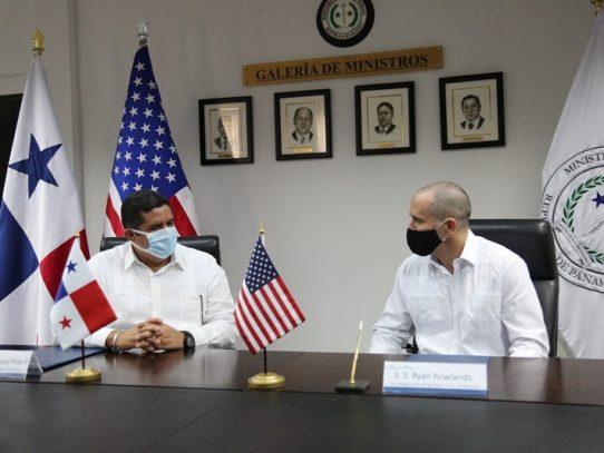 EE.UU. apoya  a Panamá para combatir el lavado de dinero y la corrupción
