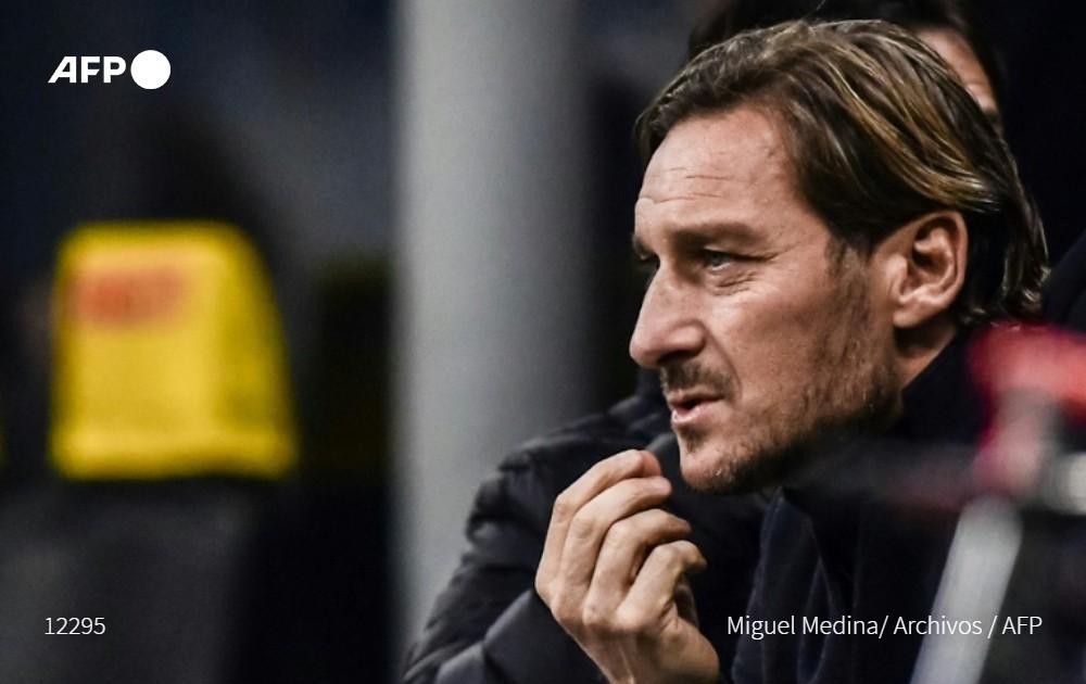 """Totti piensa regresar a la Roma """"tarde o temprano"""""""