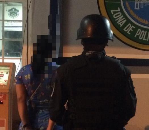 Autoridades retienen a 225 personas durante la noche de toque de queda