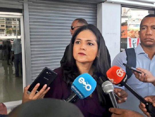 Directora de Aduanas presenta denuncia penal por supuestas irregularidades de importación de carne