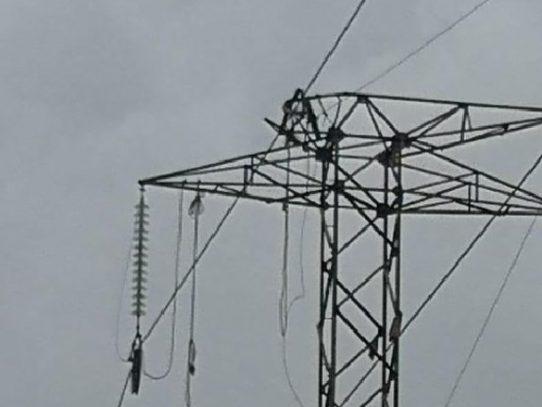 Falla eléctrica afecta a varios sectores de la Capital