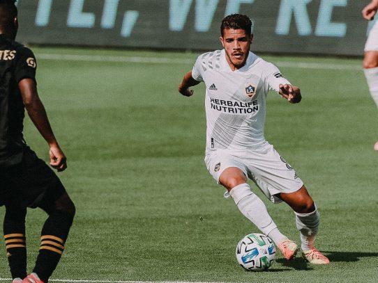MLS: Galaxy derrota 2-0 a Los Angeles FC y Carlos Vela se lesiona