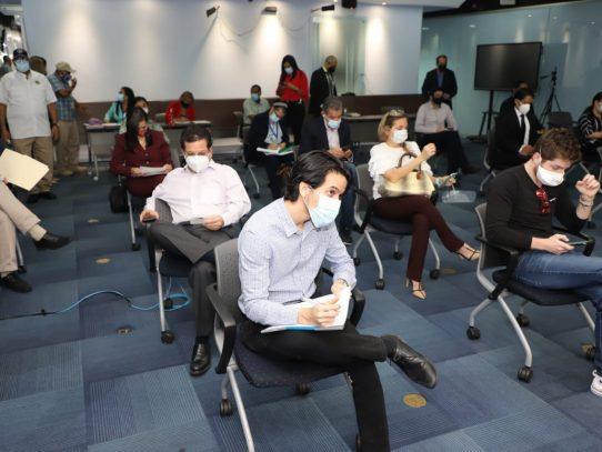 Retoman discusión de proyecto que incentiva la movilidad eléctrica en el país