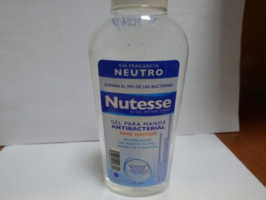 MINSA ordena retirar del mercado gel alcoholado por contener metanol