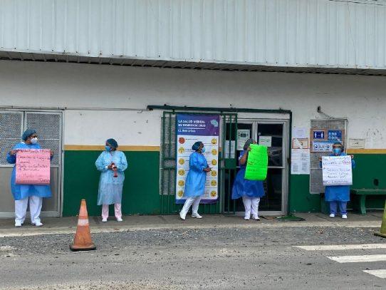Gobierno indica que en los próximos días realizará el pago de salarios a médicos y enfermeras