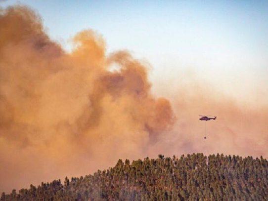 Al menos 3.200 personas evacuadas por incendio en el suroeste de España