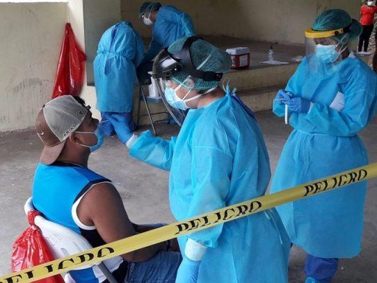 900 nuevos casos de Covid-19 y 16 muertes engrosan la cifra a 1,948