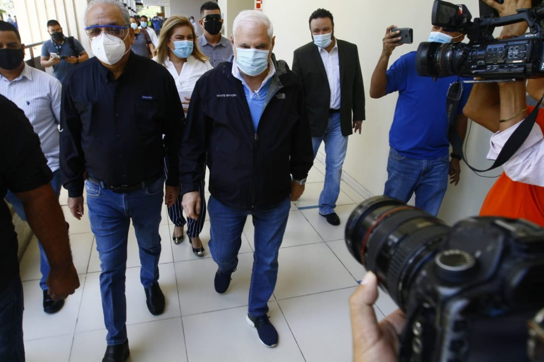 Expresidente Martinelli avanza en proceso de formación de partido 'Realizando Metas'