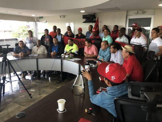 Reformas constitucionales: Frenadeso, Suntracs y UTP anuncian acciones