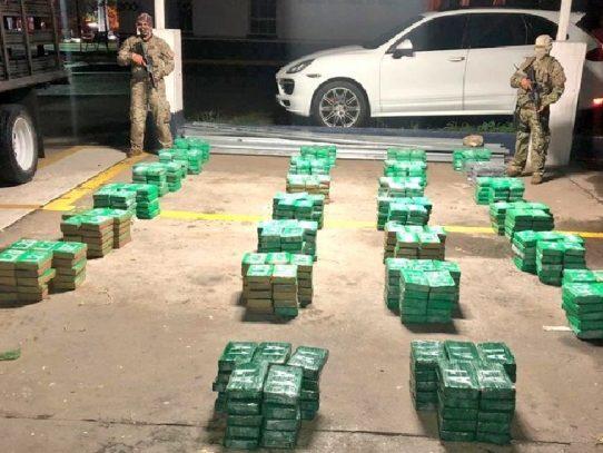 Decomisan 2,250 paquetes con sustancia ilícita en Costa Abajo de Colón