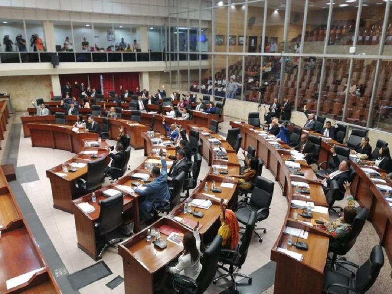 AN anuncia 'desinfección profunda' al recinto, en medio de críticas por suspensión del pleno