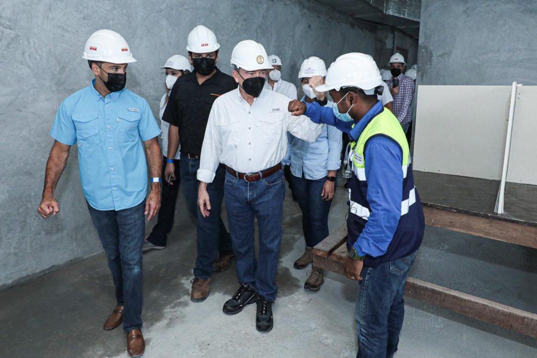 Presidente: la construcción señalará el camino para la reapertura de otras actividades