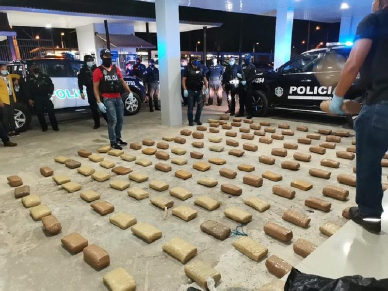 Decomisan 145 paquetes de droga en Emberá Purú