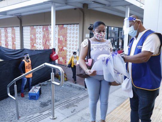 Programa de Atención Domiciliaria llega a Las Mañanitas, 24 de Diciembre y Tocumen