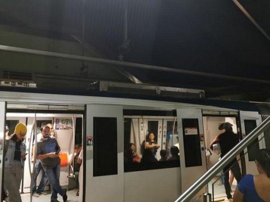 Línea 2 del Metro de Panamá detenida