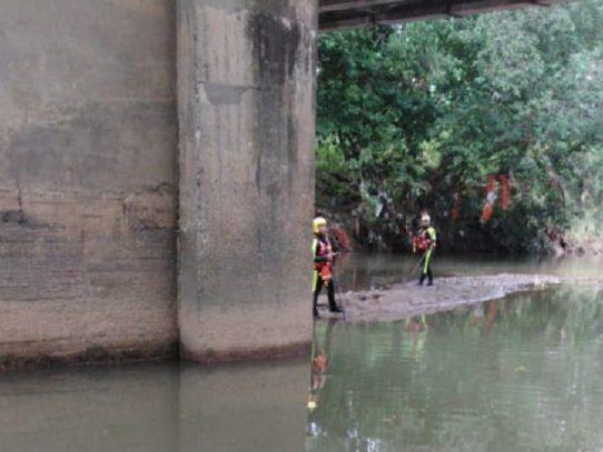 Continúa la búsqueda de un hombre en el río Juan Díaz