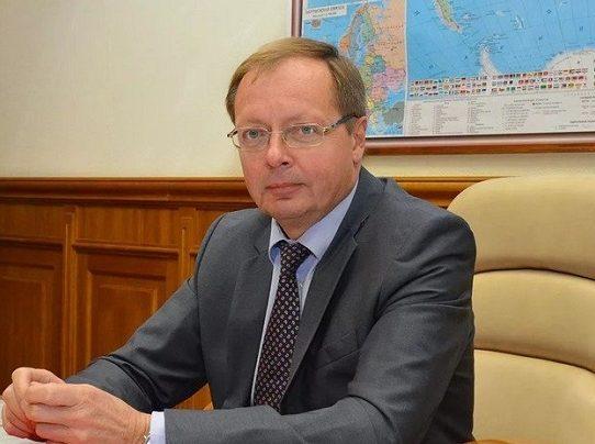 Embajador ruso en Londres niega implicación de Moscú en espionaje sobre vacuna anti-COVID