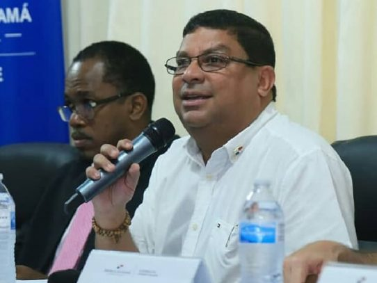Ministro de Cultura niega que se pretendan eliminar los patronatos