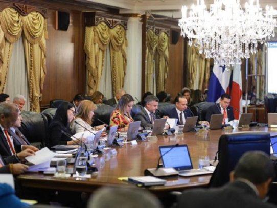 Gabinete autoriza designar hasta 75 millones para lucha contra la pandemia