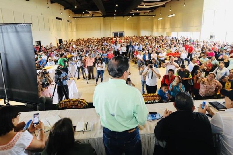 Aeve niega haber organizado asamblea a la que asistió el mandatario