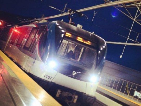 Usuario del Metro tuvo un ataque de epilepsia, pero no cayó en las vías