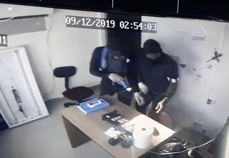 "Martinelli ofrece recompensa por ""malandros"" de Plaza Carolina"