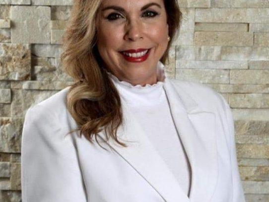 Elisa Suárez es electa nueva presidenta de APEDE