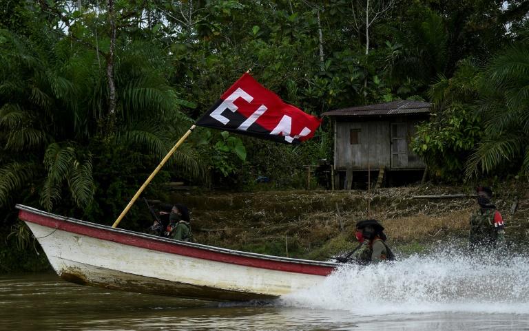 Cinco muertos, entre ellos una niña, en una masacre atribuida al ELN en Colombia