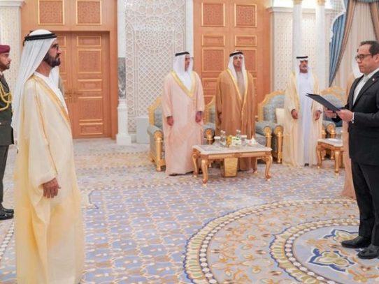 Embajador Laviery presenta credenciales en Dubai