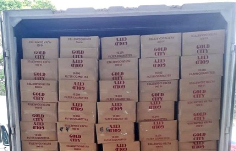 Aduana decomisa mercancía valorada en un millón de dólares