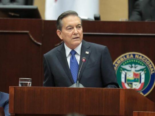 Cortizo pide a los diputados agilizar debate sobre contrataciones públicas