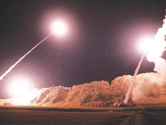 Ocho cohetes impactaron base iraquí que alberga a soldados estadounidenses