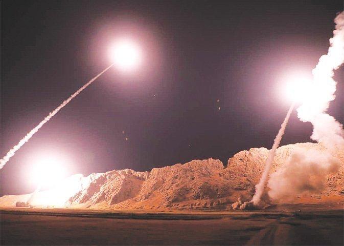 Caen nueve cohetes en base iraquí donde hay desplegadas tropas estadounidenses