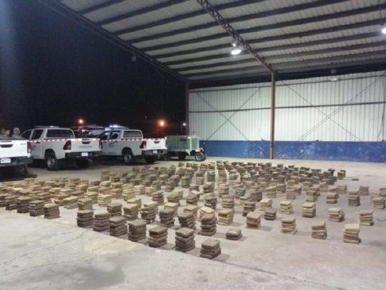 Decomisan 1,200 paquetes con droga cerca de Coiba