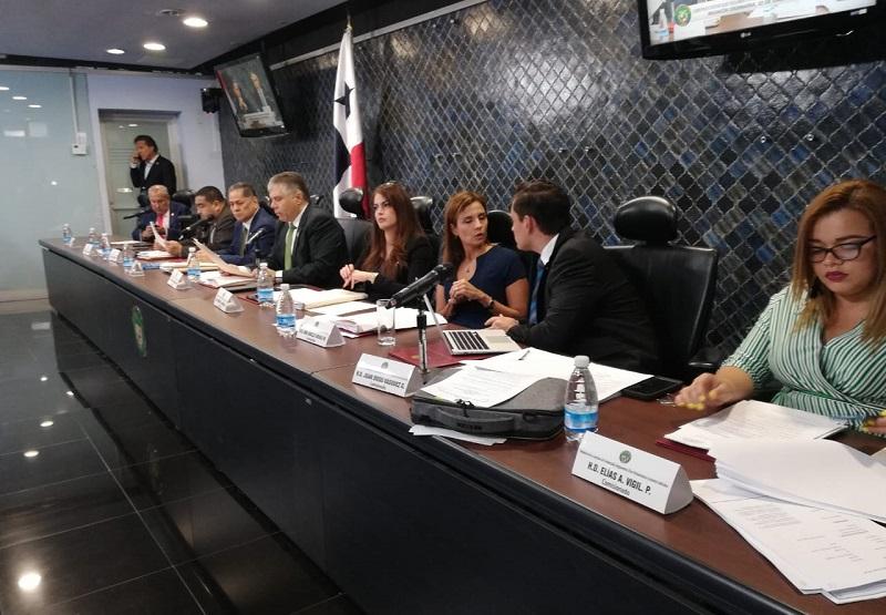 Comisión de Credenciales recomienda la ratificación para directivas del Idaan y la SMV